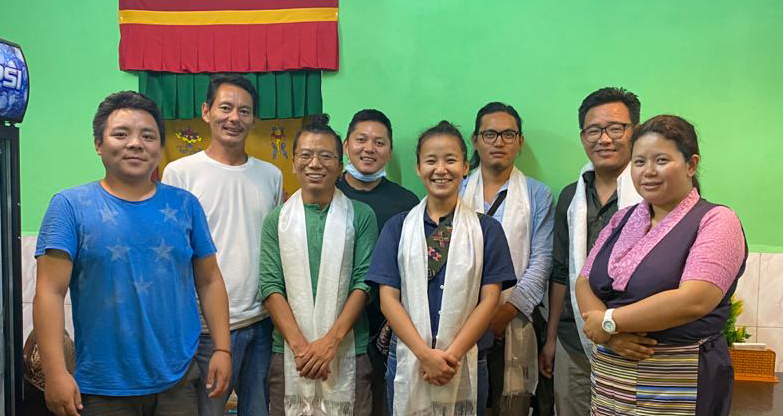 9th Association of Tibetan Journalists' executive team meets the outgoing committee on Tuesday in Dharamshala (Photo- ATJ)