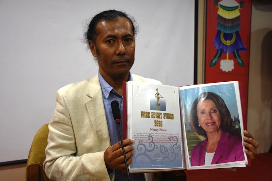 Award founder and Director Lobsang Wangyal at the press conference in McLeod Ganj on Nov. 25, 2020 (Phayul Photo-Kunsang Gashon)