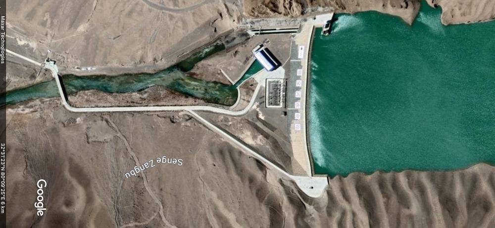 Dam built at Zenge Tsangpo town (Google earth)