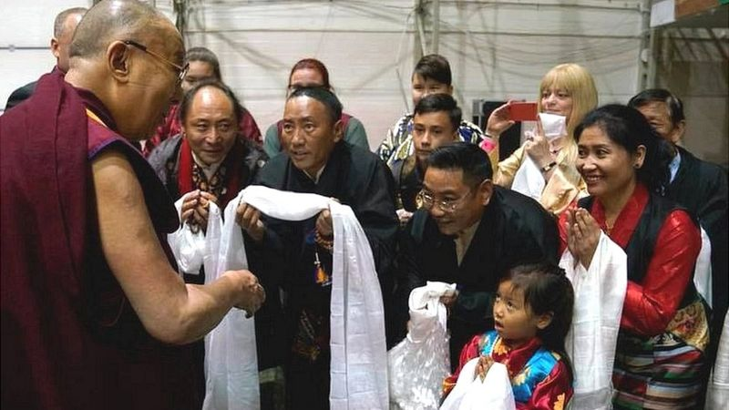 His Holiness the Dalai Lama meet Tibetans living in Sweden in Sep 2017 (Photo-BBC)