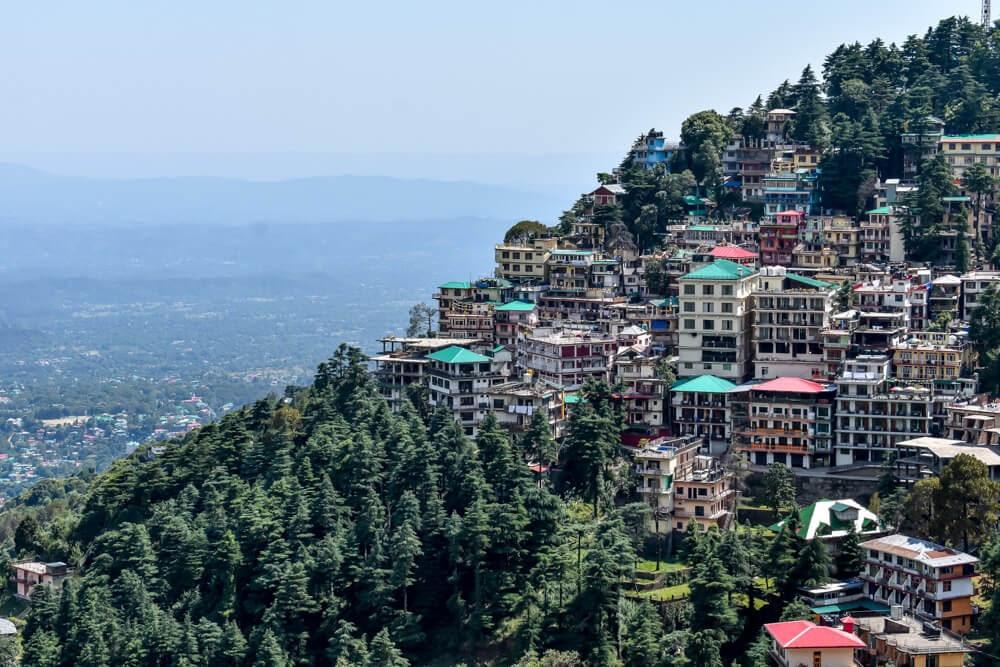 McLoed Ganj town in Dharamshala (Photo courtesy onmycanvas)